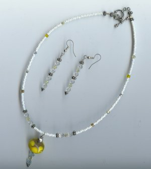 Lampworked Glass Bead Necklace - EAlw