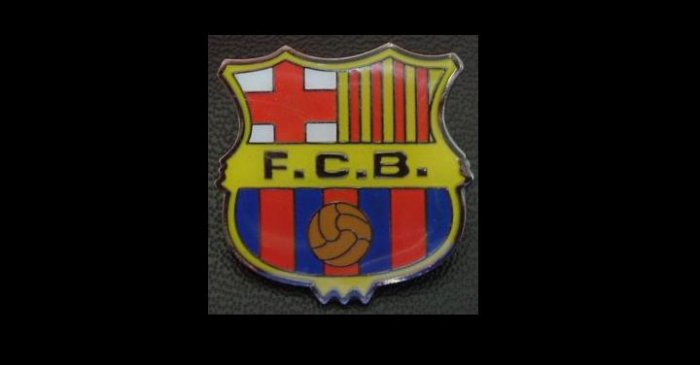 FC BARCELONA FOOTBALL CLUB SPAIN TEAM PIN BADGE