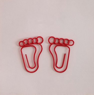 Little Feet Paper Clips - RED - 10 pcs