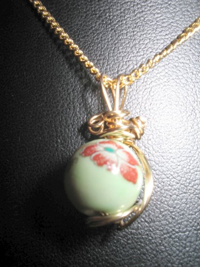 Gold Wire Sculpted Pendant