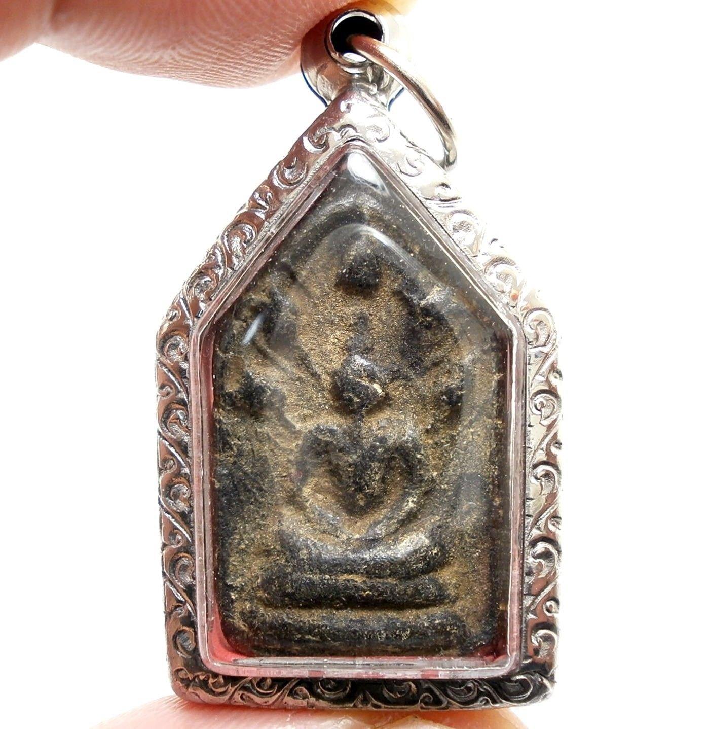 THAI BUDDHA AMULET PENDANT LP BOON NAKPROK NAGA LIFE PROTECTION FROM EVIL SPIRIT