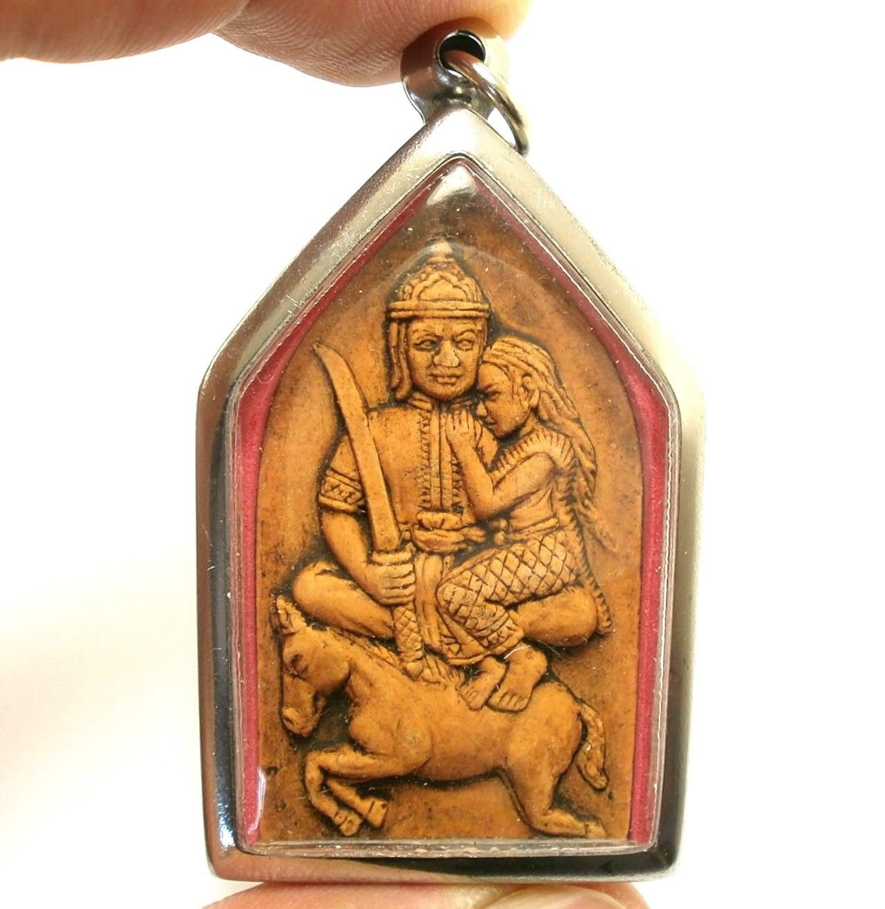 PHRA KHUNPAEN HOLD LADY RIDE HORSE THAI LOVE APPEAL ATTRACT AMULET MAGIC PENDANT