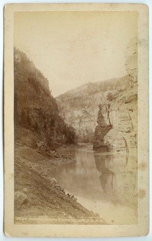 Grand River Canon Boudoir Card