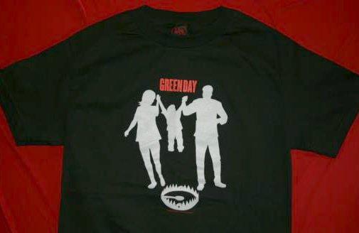 Green Day T-Shirt Bear Trap Logo Black Size Medium
