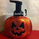 Bath  and Body Works Sweet Cinnamon Pumpkin Soap &Sparkly Jackolantern Dispenser $28.99