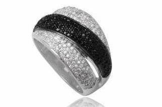 Exquisite Micro-Setting CZ Black-n-White Sterling Silver Ring Size 9(S)