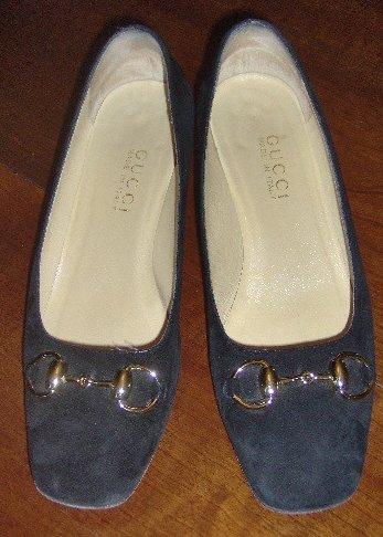 Gucci Black Suede Classic Pumps Size 8B