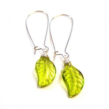 Handmade Green Leaf Glass Briolette Bead Silver Tone Drop Earrings