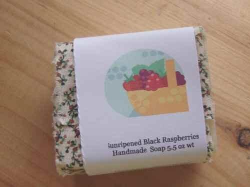 Sunripened Black Raspberries Handmade Soap, 5.5 oz wt