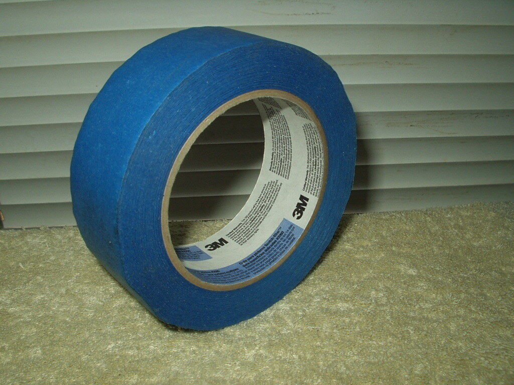 "3m scotch-blue painters tape 1.5"" multi surface #2090 slight use medium stick"
