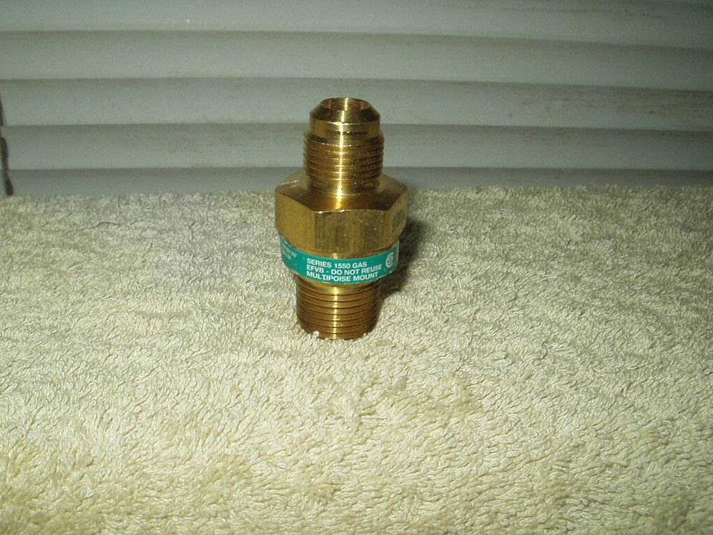 Gas Appliance brass Excess Flow Valve Series 1550 #113016 safety bypass valve