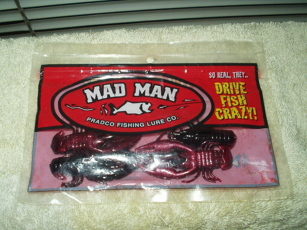 "mad man crawfish craw fish fishing baits 2.5"" 1 package w/ 4 each inside"