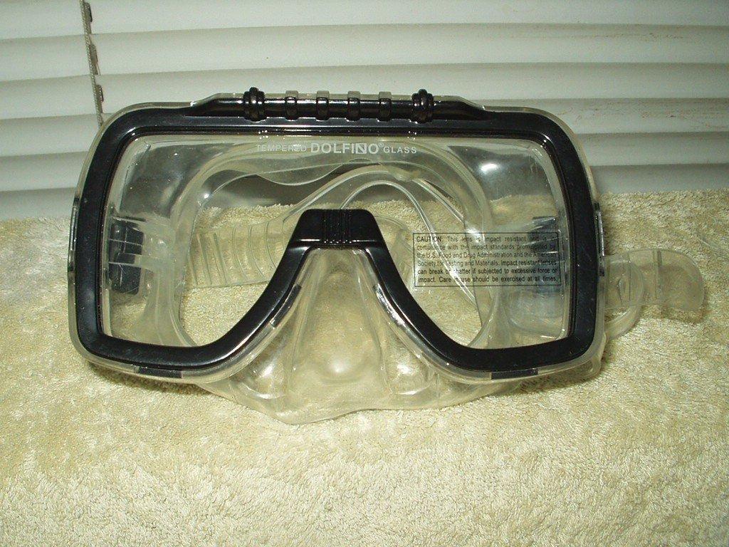 "dolfino scuba diving snorkel mask goggles tempered glass 6.75"" wide"
