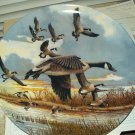 "vintage the landing canada geese collectible plate w/ certificate 8.5"" round by donald pentz"