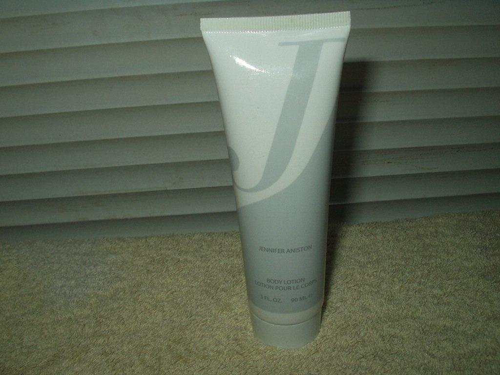 jennifer aniston body lotion 3 oz tube