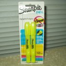sharpie gel highlighter 1 sealed package w/ 2 inside fluorescent yellow no drying out