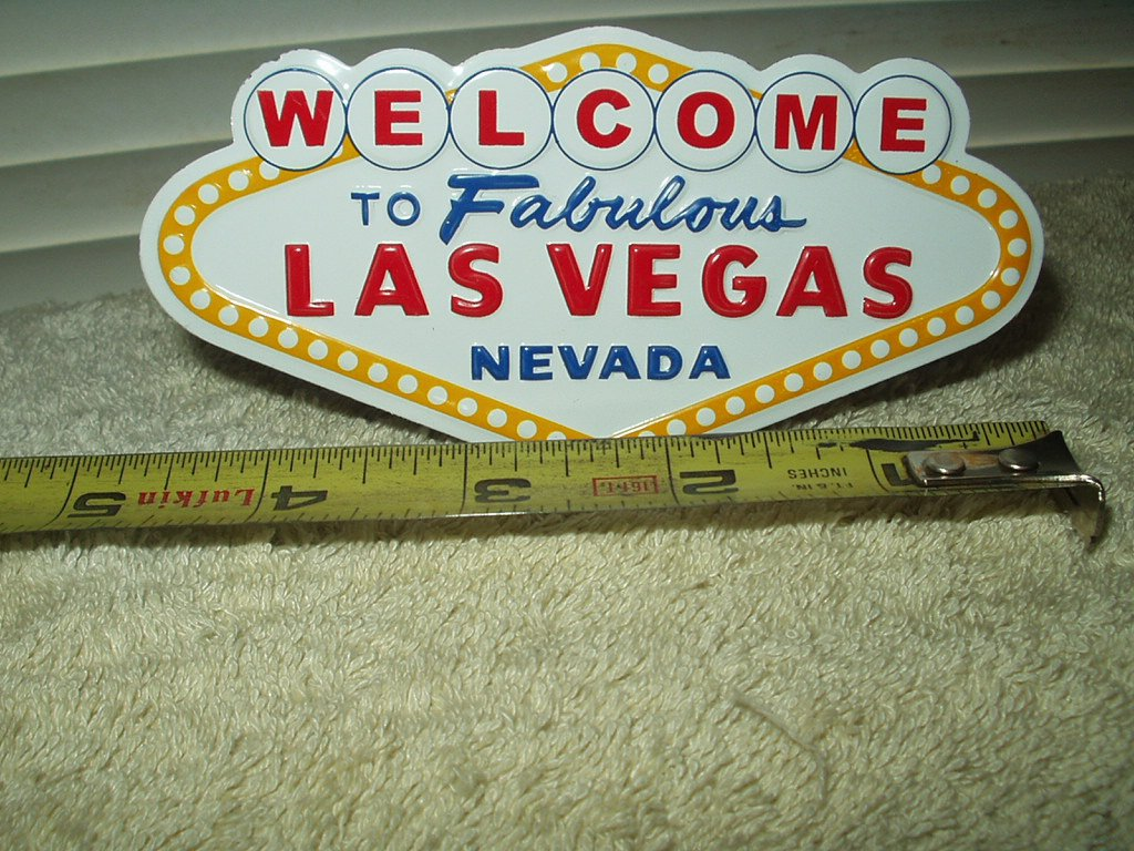 """welcome to fabulous las vegas magnetic aluminum sign 4.75"""" wide"""