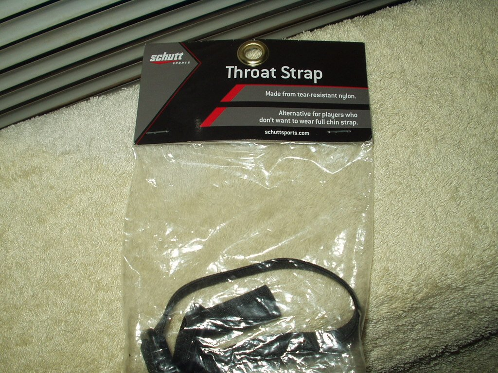 schutt sports throat strap #26650699 sealed