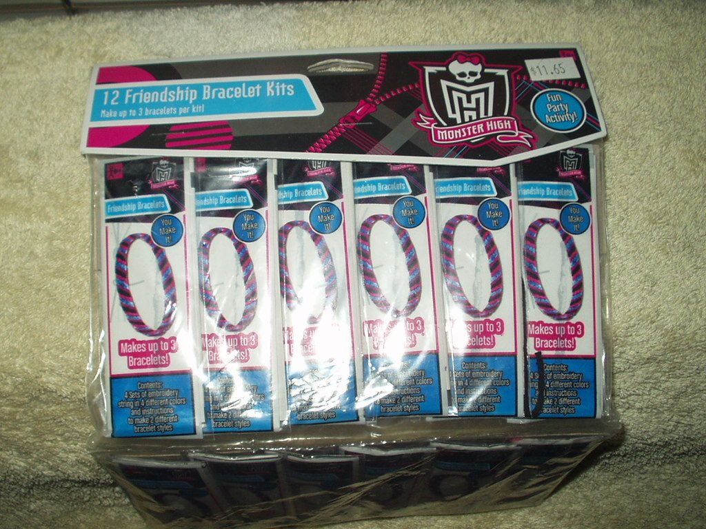monster high girls friendship bracelet kits 12 each in the package make up to 3 per kit