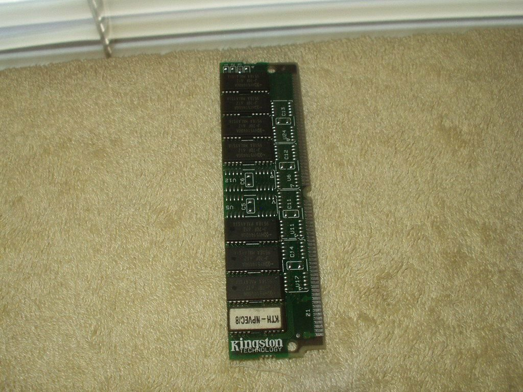 Kingston #KTH-NPVEC/8 Memory RAM 8MB per module 72 Pin