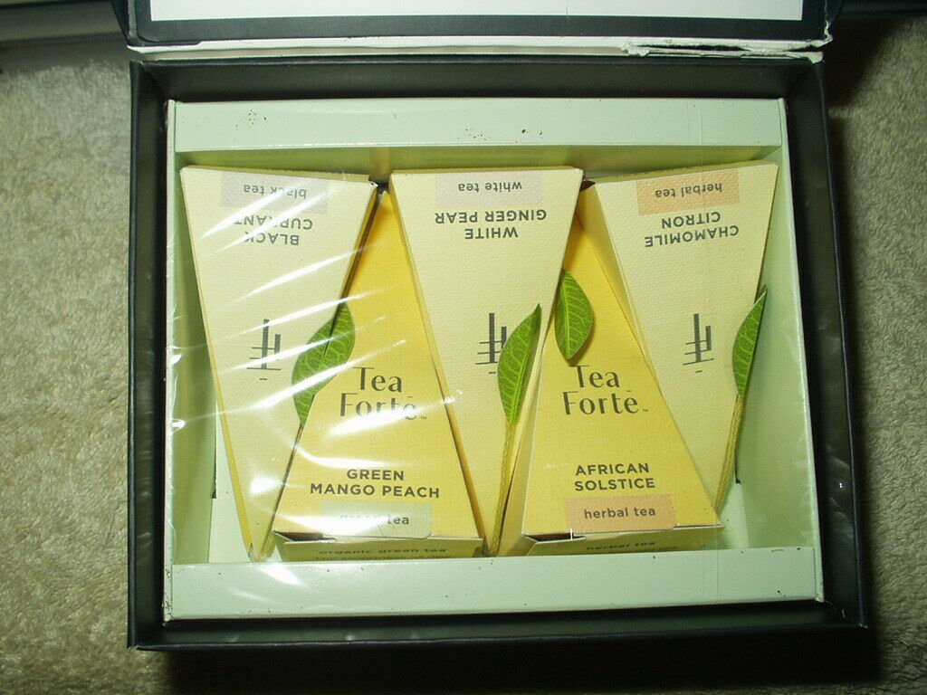 tea forte signature collection tea 5 each pyramid infuser in box best by 4/22