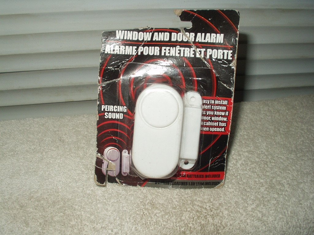 window door & cabinet alarm w/ loud sound