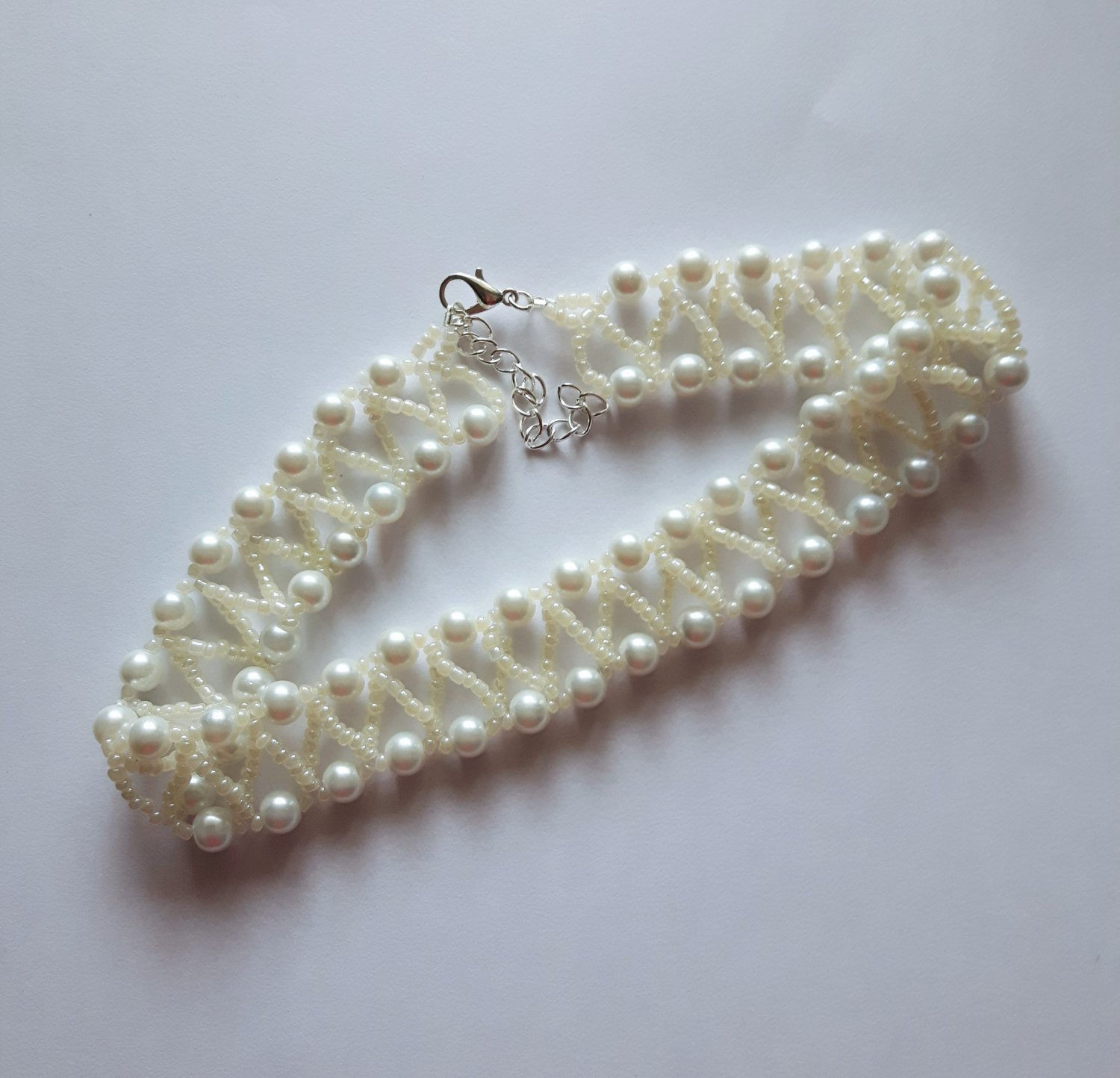 """white Pearl & seed Beaded CHOKER necklace VINTAGE style  glass 13"""" womens"""
