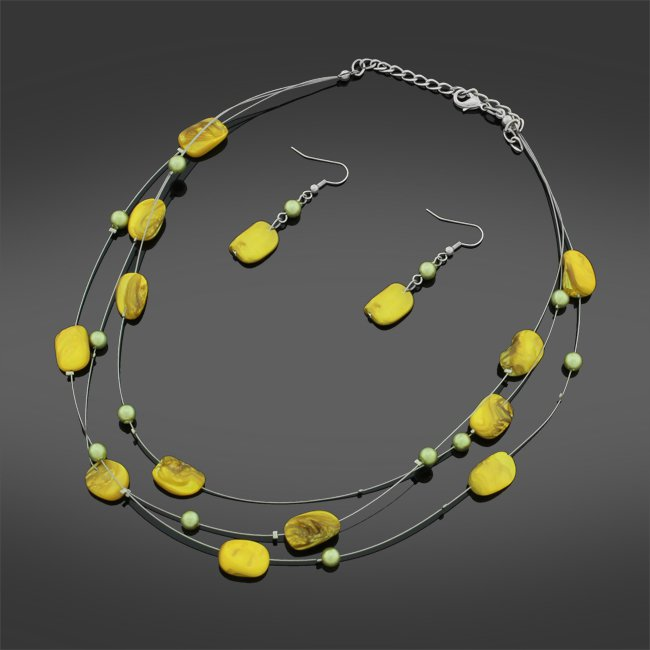 yellow STONE  bead NECKLACE SET earrings wire TRIPLE STRAND 18""
