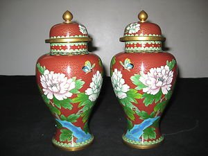 ANTIQUE CHINESE PAIR CLOISONNE ENAMEL FLORAL VASES  WITH LID