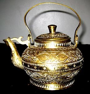 ANTIQUE PURE BRONZE HAND CARVED TEAPOT INDIA