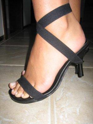 women shoes black ribbon