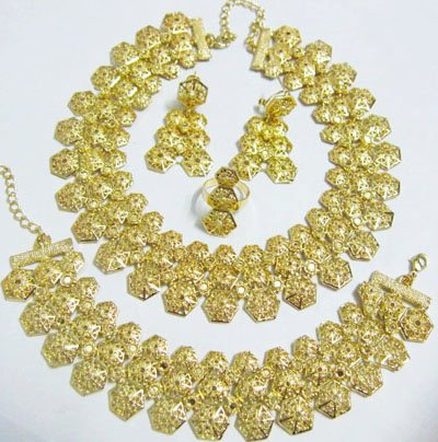 Gold African Jewelry 4 Set