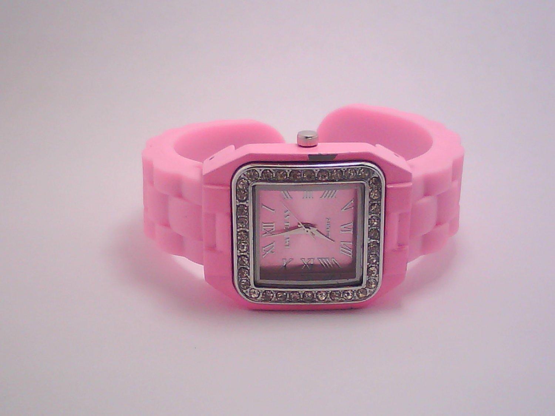 Pink Lady's Fashion Analog Watch