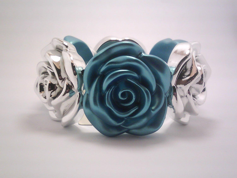 Light Blue Flower Stretch Bracelet