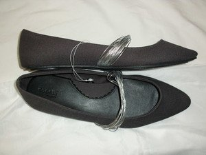 NICE CAPELLI NY POINTY TOE EZ WEAR BALLET FLAT COMFY WOMEN SHOES SIZE 8 L/BLACK