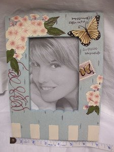 "2 UNIQUE DECORATIVE CERAMIC 4""x 6 PHOTO L/BLUE w/FLOWERS FRAMES WITH STAND NEW"