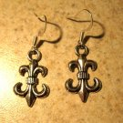 Earrings Tibetan Silver Fleur de Lis Charm Pierced Dangle NEW #590