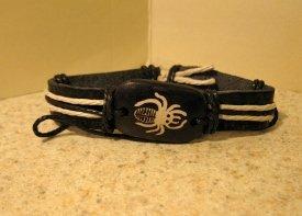 Black Leather Unisex Punk Surfer Bracelet With Spider Design HOT! #354