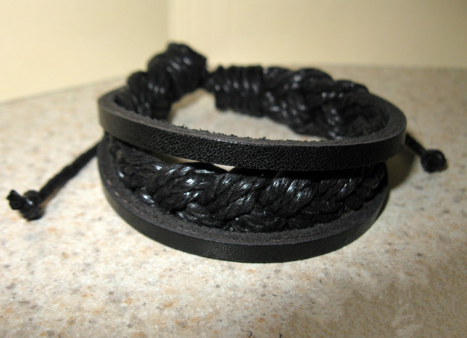 Black 3 Layer Leather Unisex Punk Surfer Bracelet HOT! #922