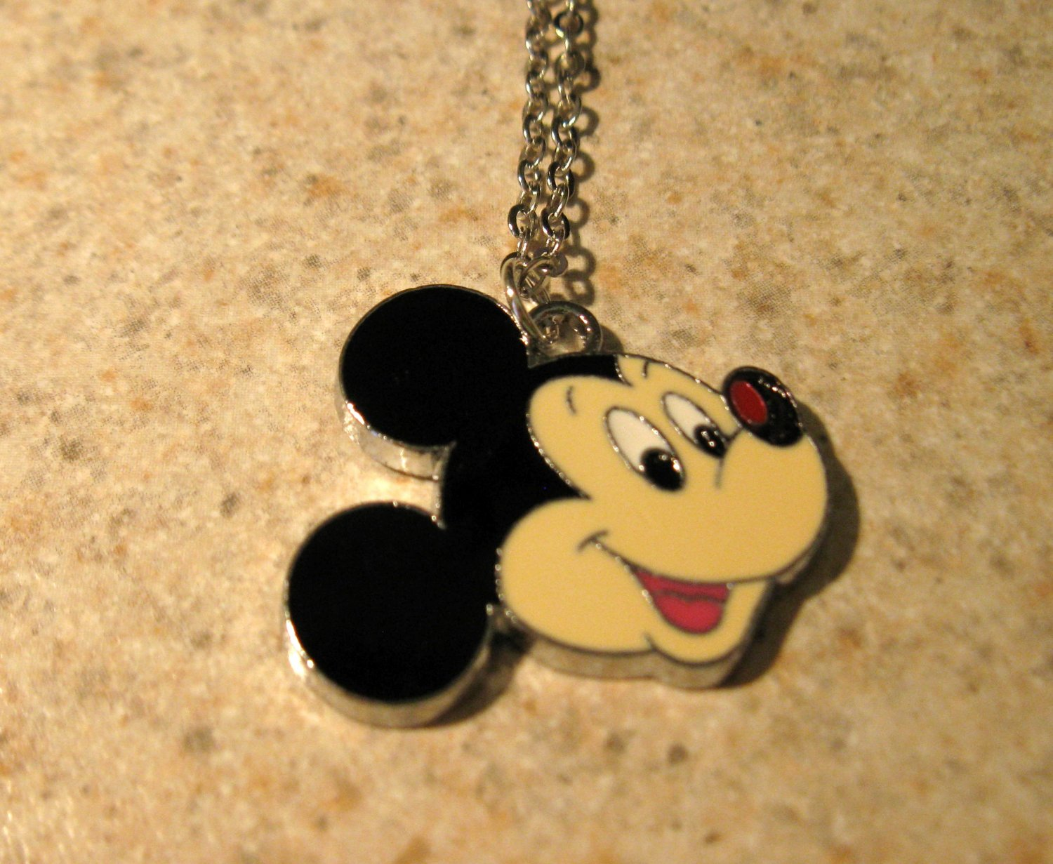 Adorable Mickey Mouse Face Child Necklace & Pendant New #577