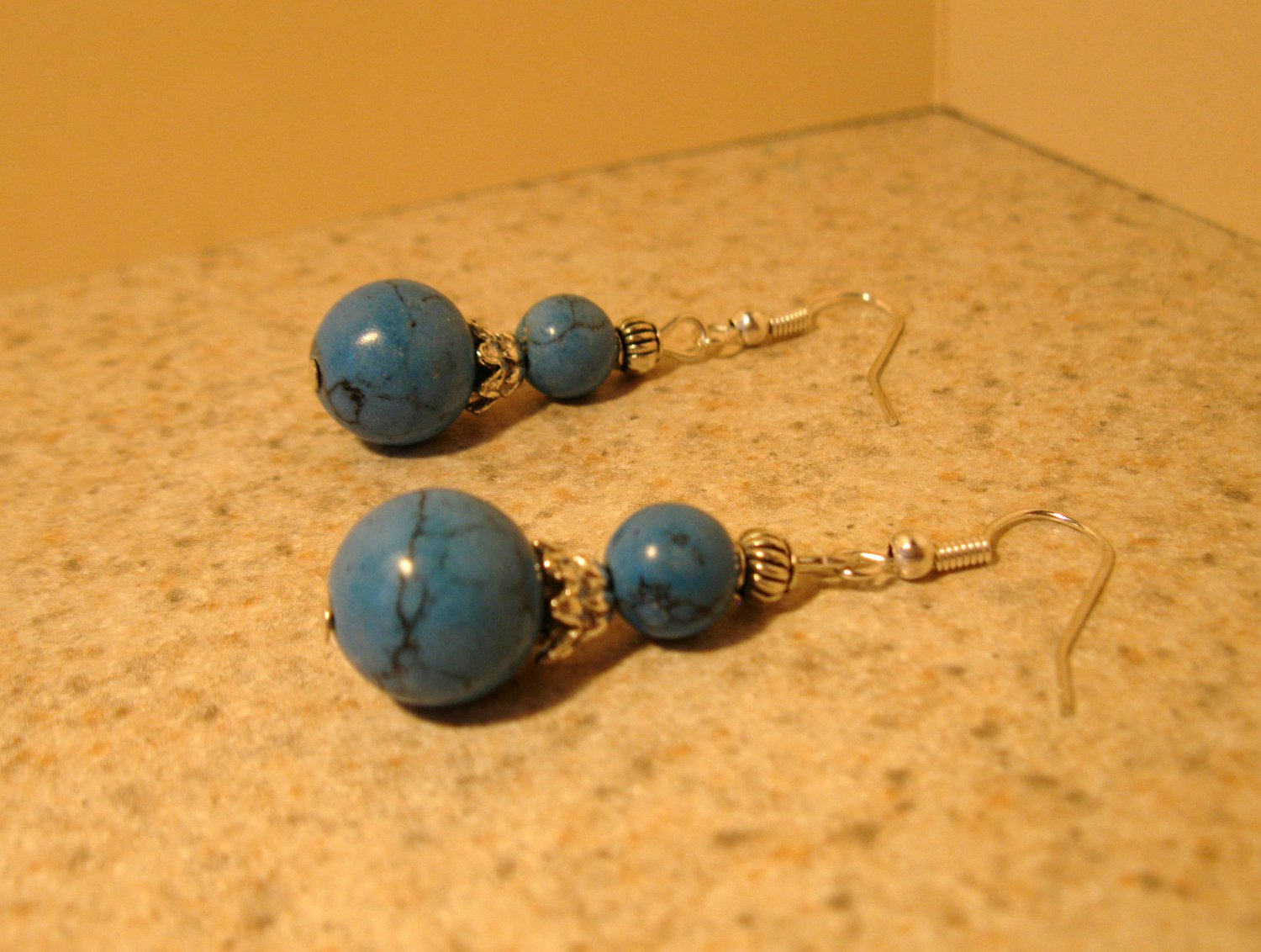 Beautiful Tibetan Silver Blue Turquoise Dangle Pierced Earrings NEW! #832