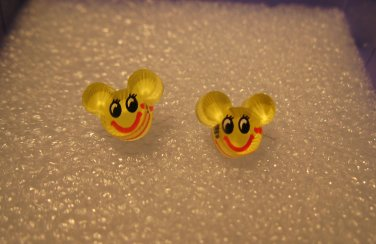 Adorable Yellow Mickey Mouse Stud Earrings for Children NEW #613E