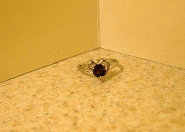 Ring Beautiful Red Garnet Heart Design Size 5.5 New! #191