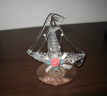 Beautiful Spun Glass Sailboat Collectible Figurine #D206