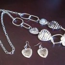 Lovely Necklace and Earrings 34 in Silver Plated Heart Design NEW #T118