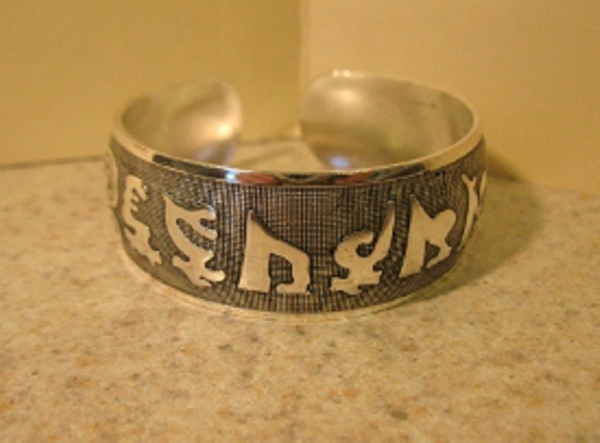 Bracelet Silver Plated Intricate Carved Symbols Cuff Bangle New #423