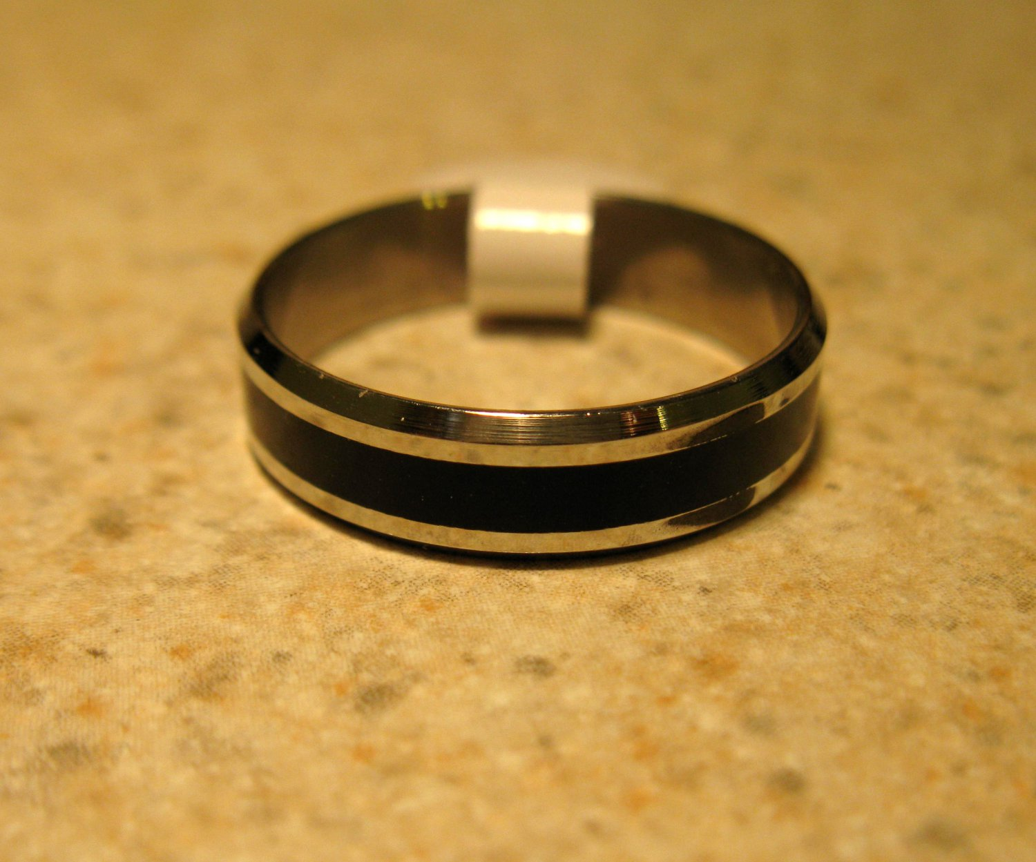Silver with Black Wedding Band Rings Unisex Sizes 8 New #805