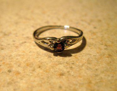 Lovely Purple Amethyst Solitaire Ring Size 7.5 New! #784