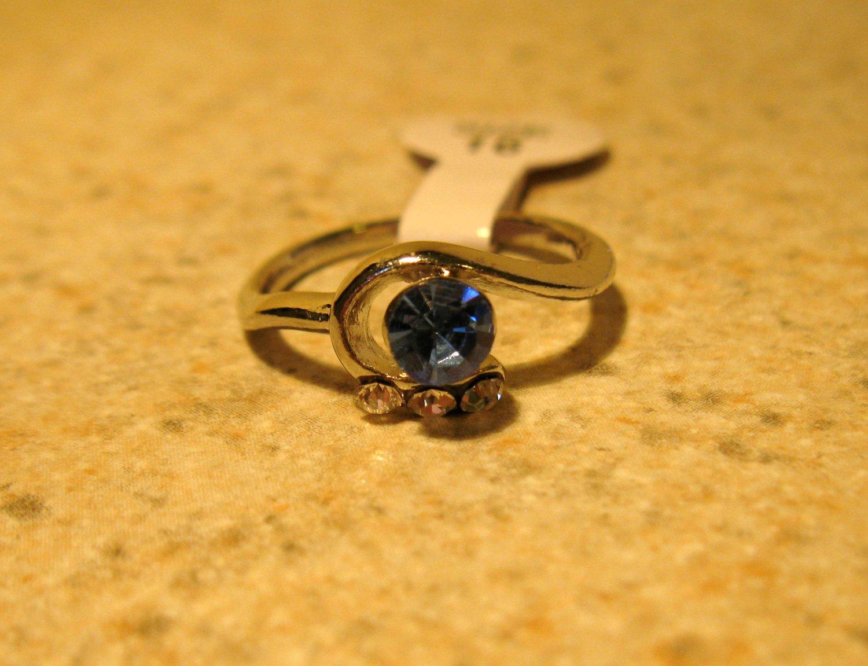 Ring Beautiful Blue & White Sapphire Swirl Setting Size 6 New! #247