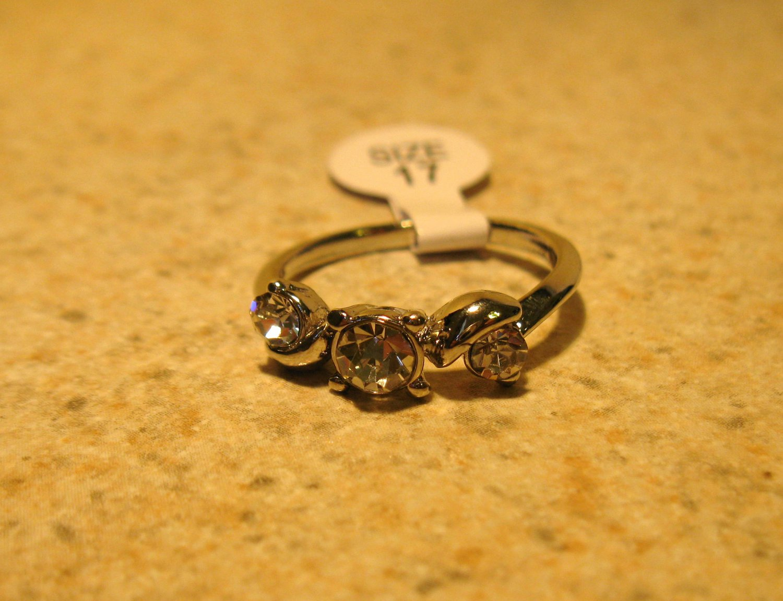 Ring Beautiful White Topaz Triple Stone Setting Size 7 New! #245
